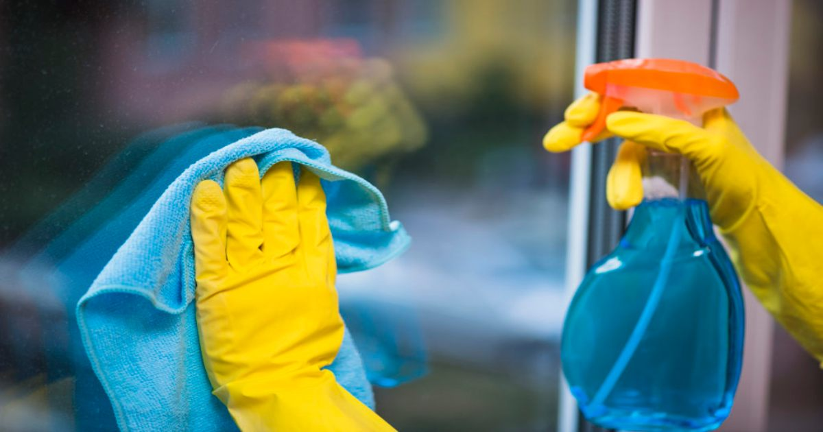 How to Find the Best Way to Clean Windows